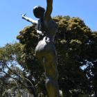 sculptura_christian_maas_rosa_mystica_3