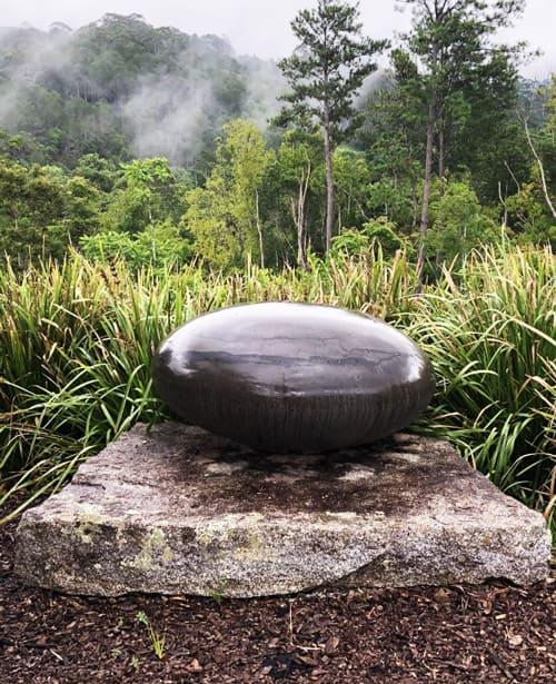 sculptura-stone-sculpture-Ellipsoid-home