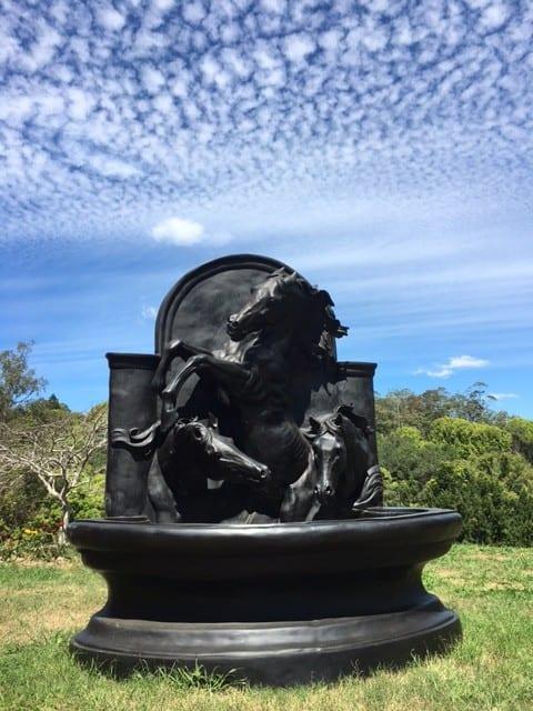 Black Stallions - Sculptura sculpture