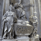 Tomb of Pope Leo XI - Alessandro Algardi